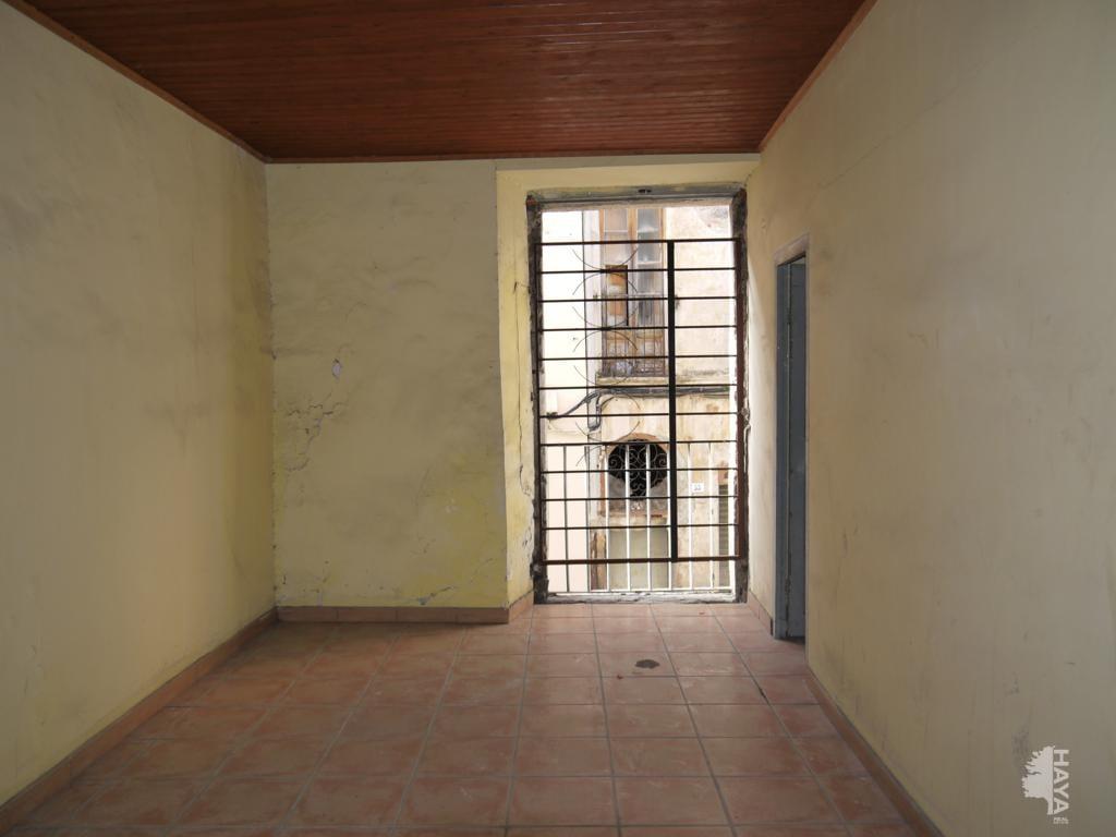 Piso en venta en Mas de L´esquerrà, la Jonquera, Girona, Calle Mayor, 16.636 €, 1 habitación, 1 baño, 35 m2