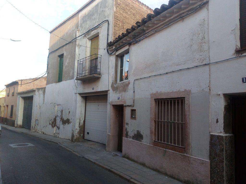 Casa en venta en Alagón, Zaragoza, Calle Arco Monjas, 38.000 €, 3 habitaciones, 1 baño, 149 m2