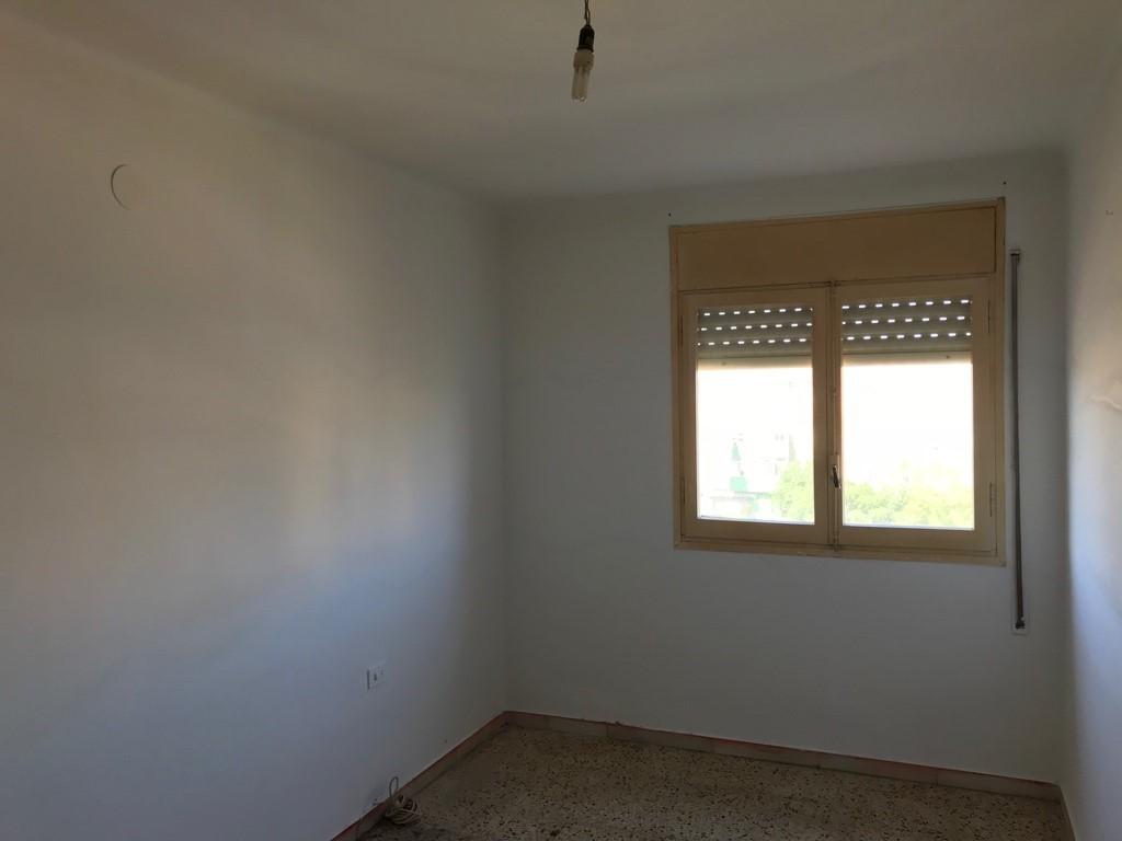 Piso en venta en Piso en Tarragona, Tarragona, 57.000 €, 3 habitaciones, 1 baño, 80 m2