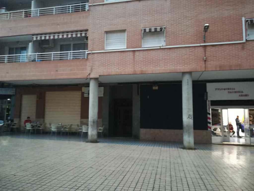 Local en venta en Burjassot, Valencia, Calle Isabel la Catolica, 52.810 €, 95 m2