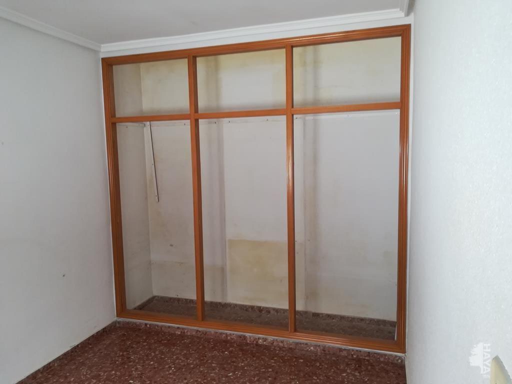 Piso en venta en Piso en Vila-real, Castellón, 70.962 €, 4 habitaciones, 2 baños, 118 m2