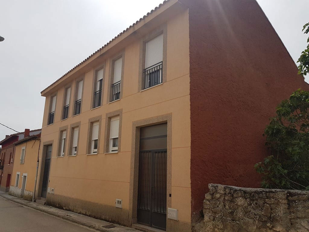 Casa en venta en Casa en Corcos, Valladolid, 186.000 €, 3 habitaciones, 1 baño, 156 m2, Garaje