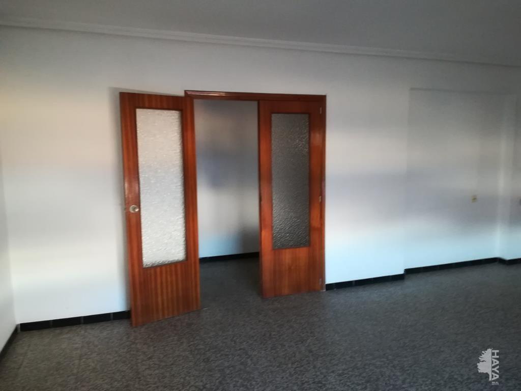 Piso en venta en Piso en Almazora/almassora, Castellón, 63.256 €, 4 habitaciones, 1 baño, 95 m2