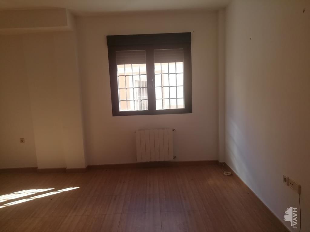 Piso en venta en Tobarra, Albacete, Calle Daniel Chulvi, 50.000 €, 3 habitaciones, 1 baño, 88 m2