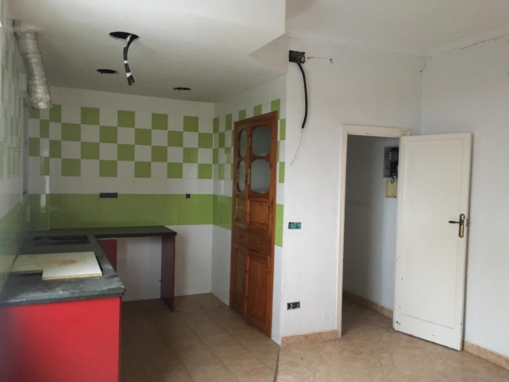 Piso en venta en Gandia, Valencia, Calle Benicanena, 36.000 €, 3 habitaciones, 1 baño, 70,7 m2