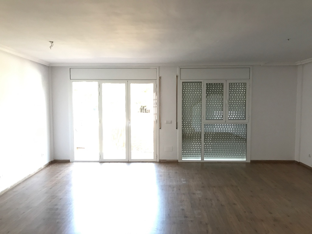Casa en venta en Els Pallaresos, Tarragona, Calle Segadors, 341.000 €, 4 habitaciones, 2 baños, 200 m2