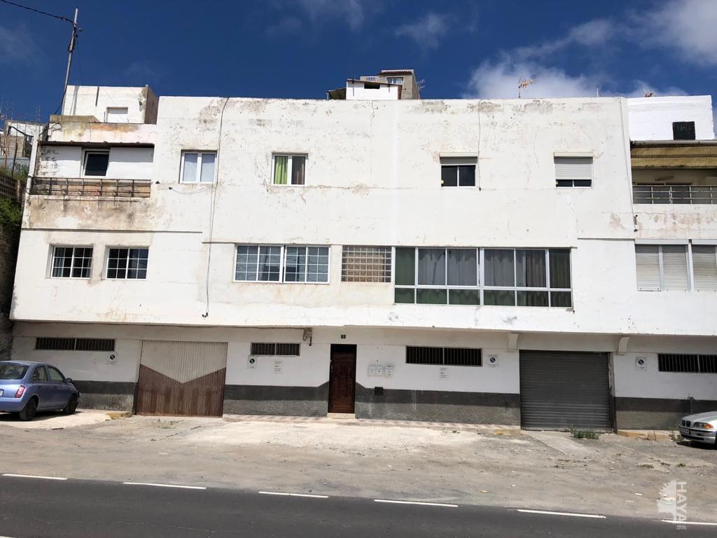 Piso en venta en Las Palmas de Gran Canaria, Las Palmas, Calle Practicante Antonio Henriquez, 84.825 €, 6 habitaciones, 1 baño, 117 m2