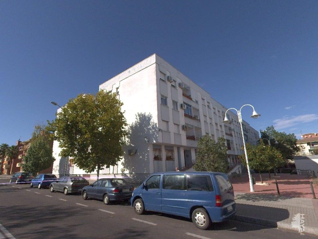 Piso en venta en Mérida, Badajoz, Plaza Bellavista, 51.000 €, 3 habitaciones, 2 baños, 96 m2