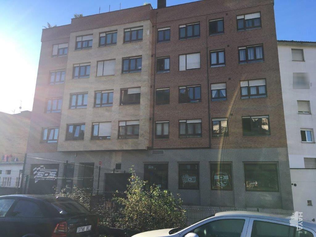 Piso en venta en El Cristo Y Buenavista, Oviedo, Asturias, Calle Marcelino Suarez, 173.500 €, 1 habitación, 1 baño, 89 m2