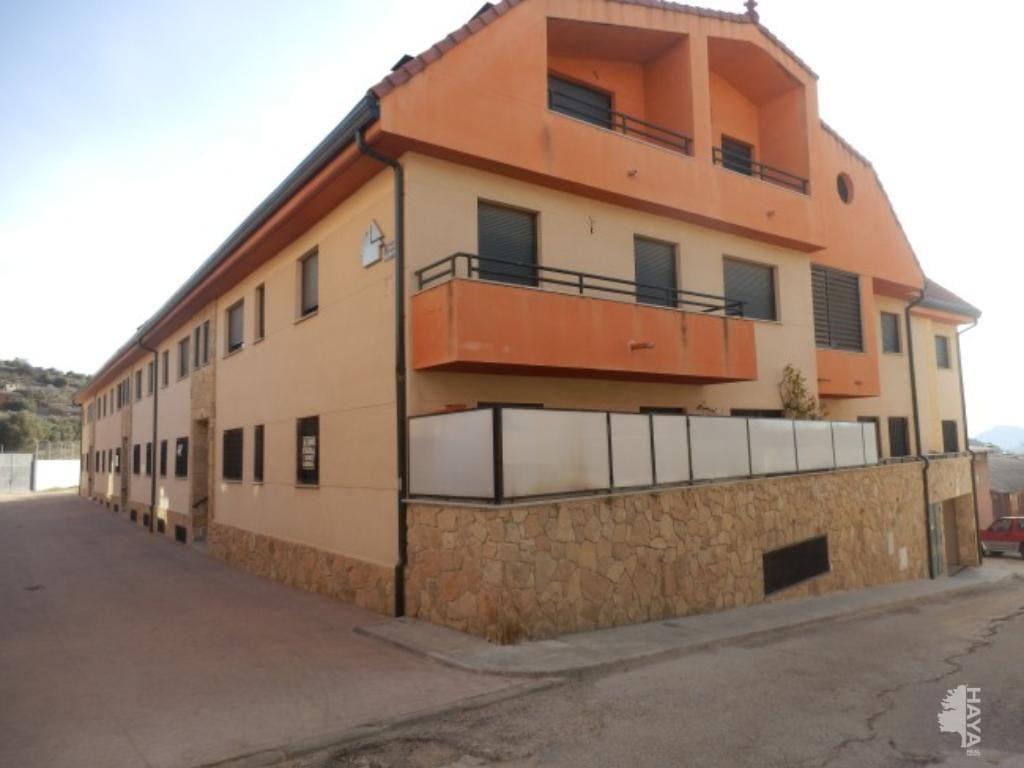 Piso en venta en El Hoyo de Pinares, Ávila, Calle El Mancho, 50.835 €, 3 habitaciones, 2 baños, 103 m2