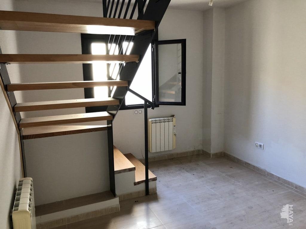 Piso en venta en Yuncler, Yuncler, Toledo, Avenida Arroyo, 58.000 €, 2 habitaciones, 2 baños, 81 m2