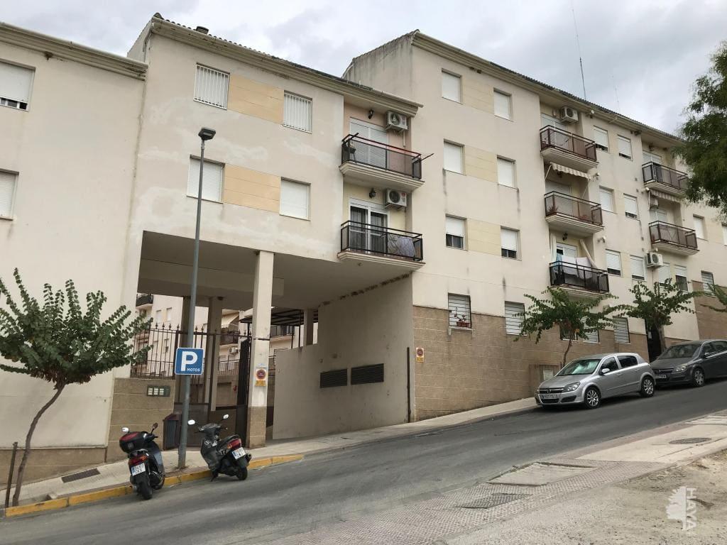 Piso en venta en Ubrique, Ubrique, Cádiz, Avenida Sierra de Ubrique, 76.500 €, 3 habitaciones, 1 baño, 89 m2