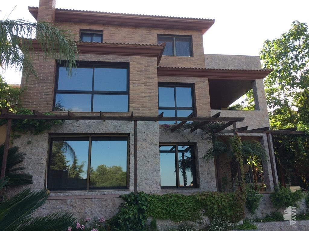Casa en venta en Castellvell del Camp, Castellvell del Camp, Tarragona, Calle del Gladiol, 519.800 €, 5 habitaciones, 2 baños, 447 m2
