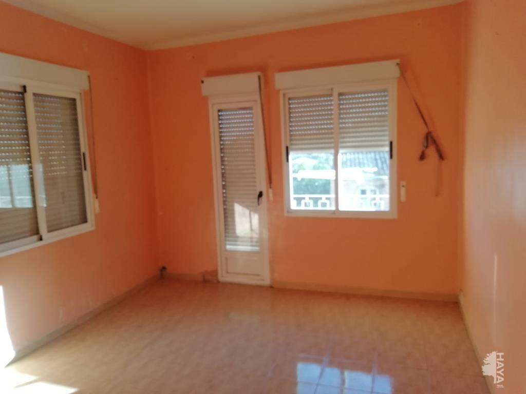 Piso en venta en Grupo San Cristóbal, L` Alcora, Castellón, Plaza Convento, 36.860 €, 3 habitaciones, 1 baño, 97 m2