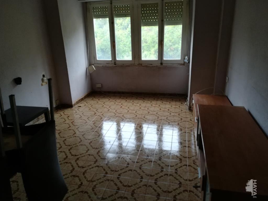 Piso en venta en Campoamor, Alicante/alacant, Alicante, Calle Maestro Caballero, 33.750 €, 4 habitaciones, 1 baño, 90 m2