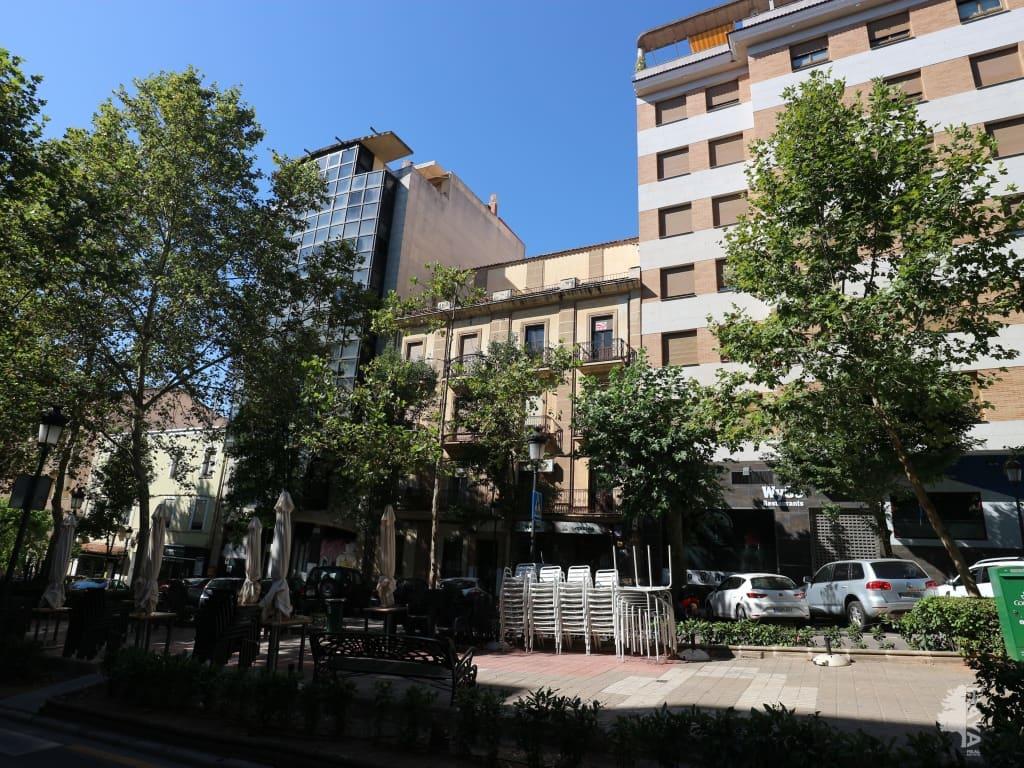Piso en venta en Cánovas, Cáceres, Cáceres, Avenida Virgen de la Monta?a, 185.051 €, 4 habitaciones, 1 baño, 203 m2