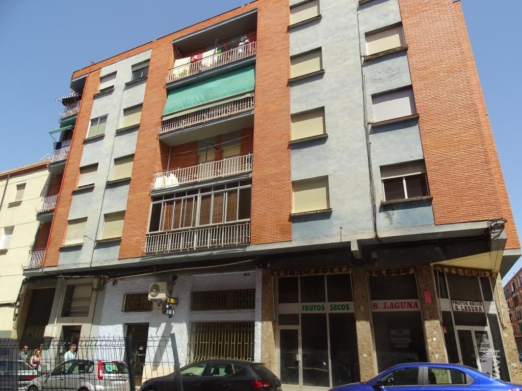 Piso en venta en La Estrella, Logroño, La Rioja, Calle San Jose de Calasanz, 50.100 €, 3 habitaciones, 1 baño, 100 m2