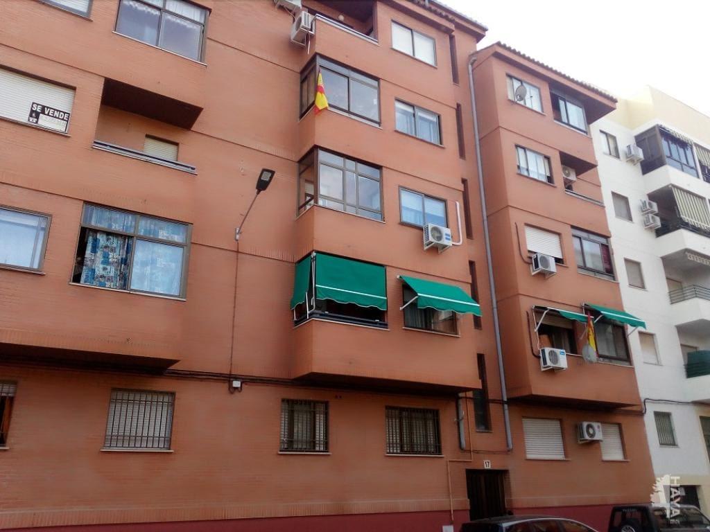 Piso en venta en La Abundancia, Cáceres, Cáceres, Calle Santa Lucia, 53.000 €, 3 habitaciones, 2 baños, 82 m2