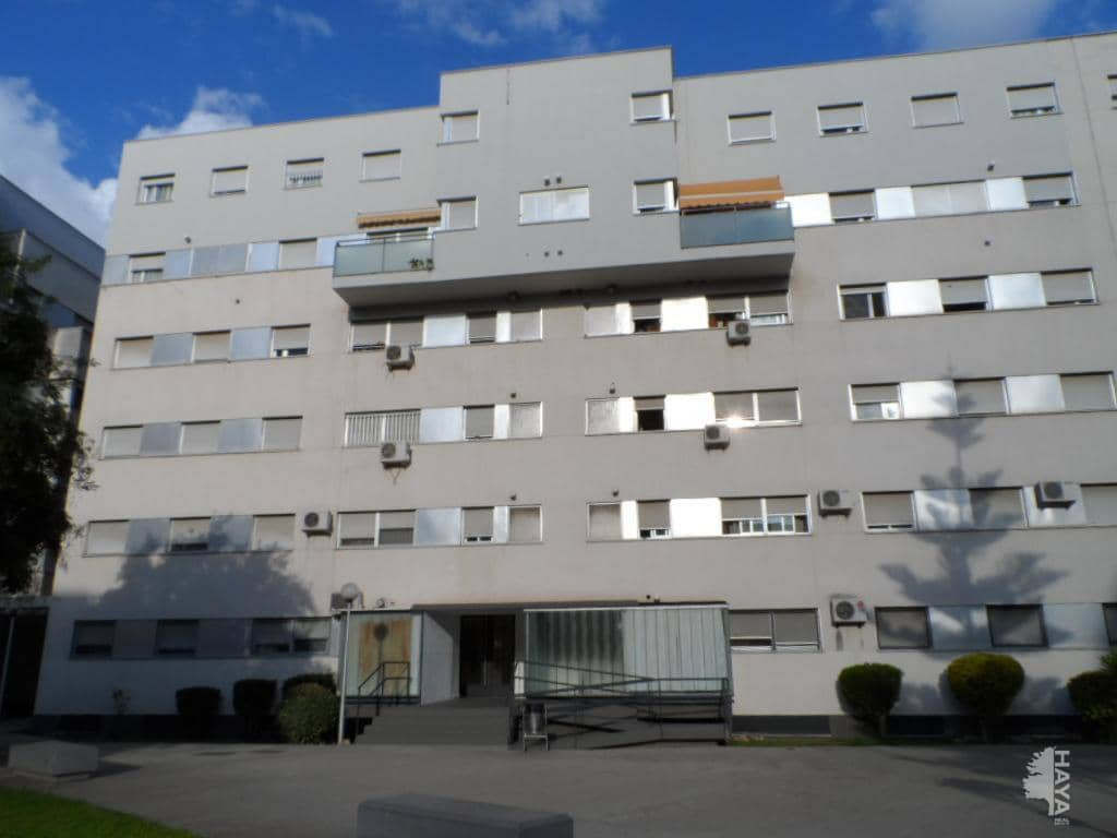 Piso en venta en Los Albarizones, Jerez de la Frontera, Cádiz, Plaza Eduardo Chillida, 80.300 €, 3 habitaciones, 1 baño, 70 m2