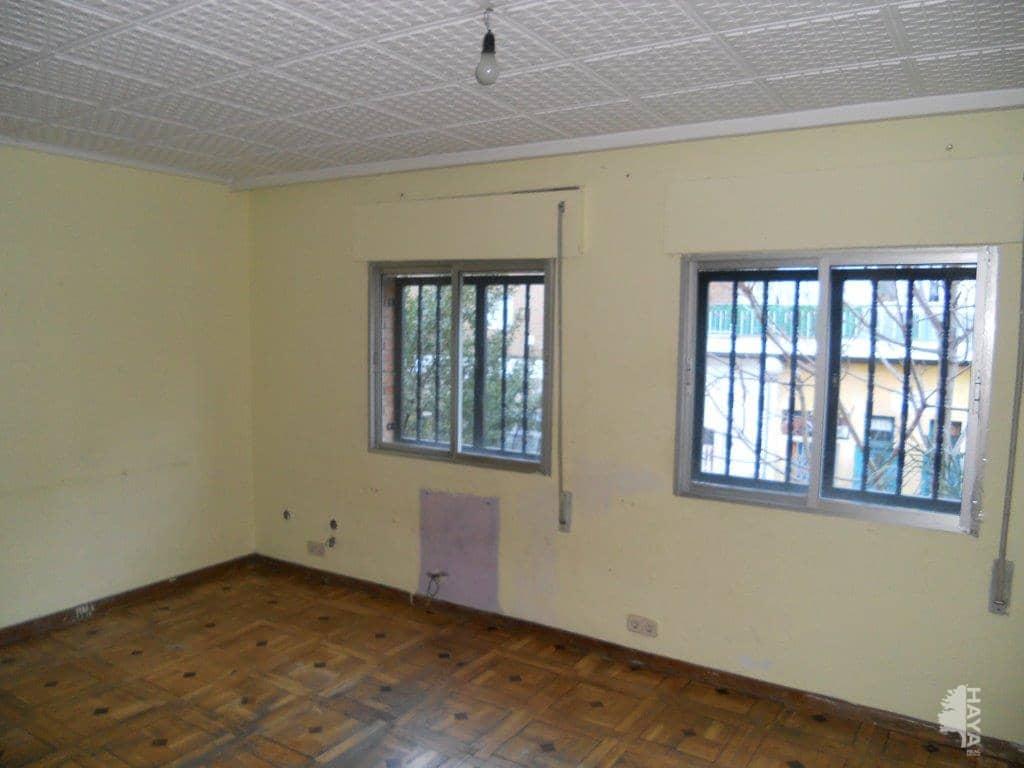 Piso en venta en Puente de Vallecas, Madrid, Madrid, Calle Guadaira, 107.616 €, 3 habitaciones, 1 baño, 80 m2
