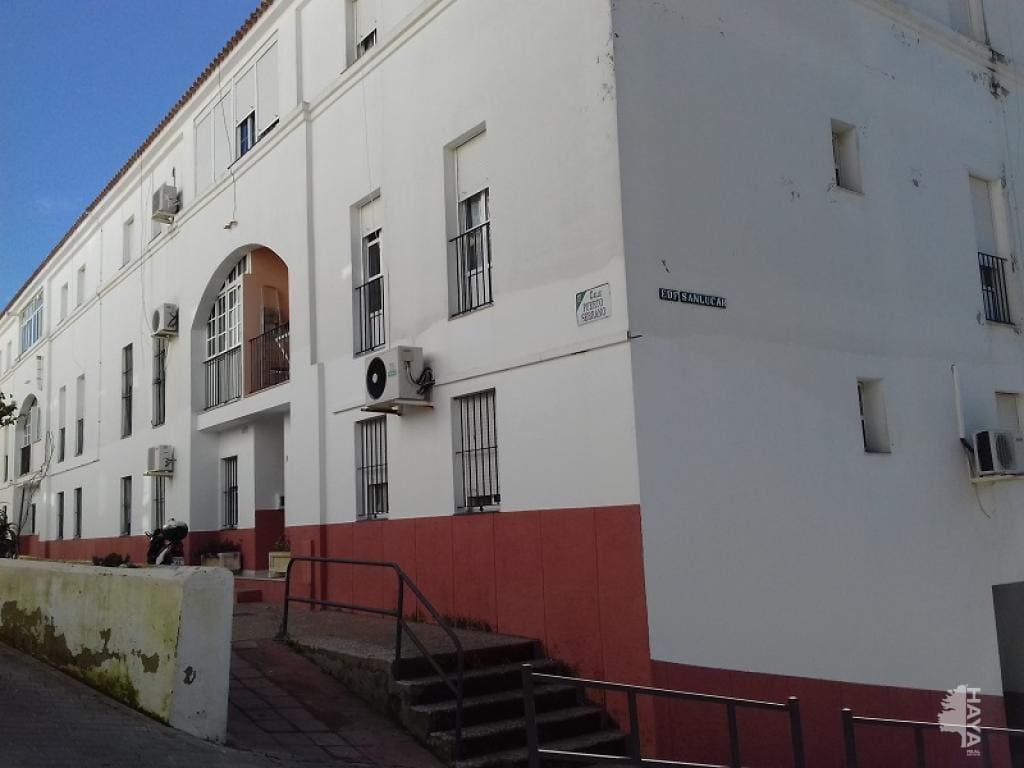 Piso en venta en Arcos de la Frontera, Cádiz, Calle Alcalde Rafael Enrique, 52.200 €, 3 habitaciones, 1 baño, 63 m2