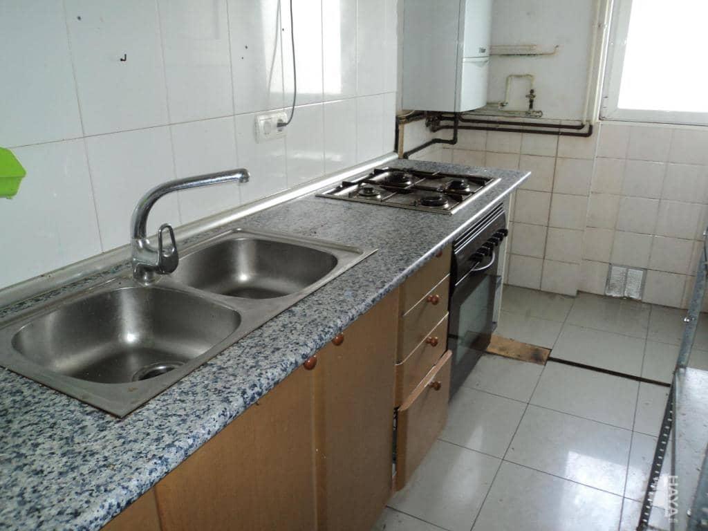 Piso en venta en Torre-romeu, Sabadell, Barcelona, Calle Annibal, 71.300 €, 3 habitaciones, 1 baño, 62 m2