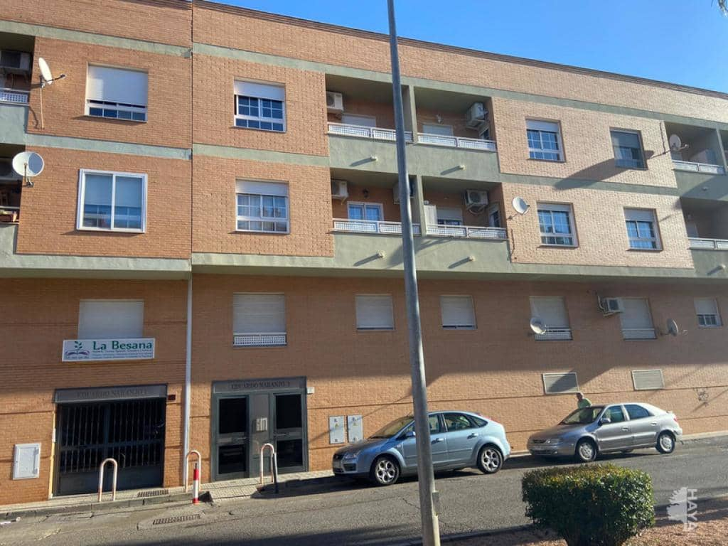 Piso en venta en Almendralejo, Badajoz, Calle Eduardo Naranjo, 91.400 €, 4 habitaciones, 2 baños, 157 m2