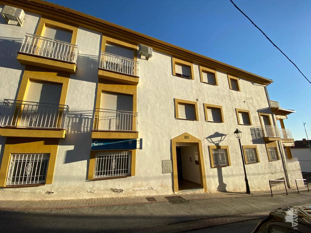 Piso en venta en Cogollos de la Vega, Cogollos de la Vega, Granada, Calle Escuelas, 70.700 €, 3 habitaciones, 1 baño, 88 m2