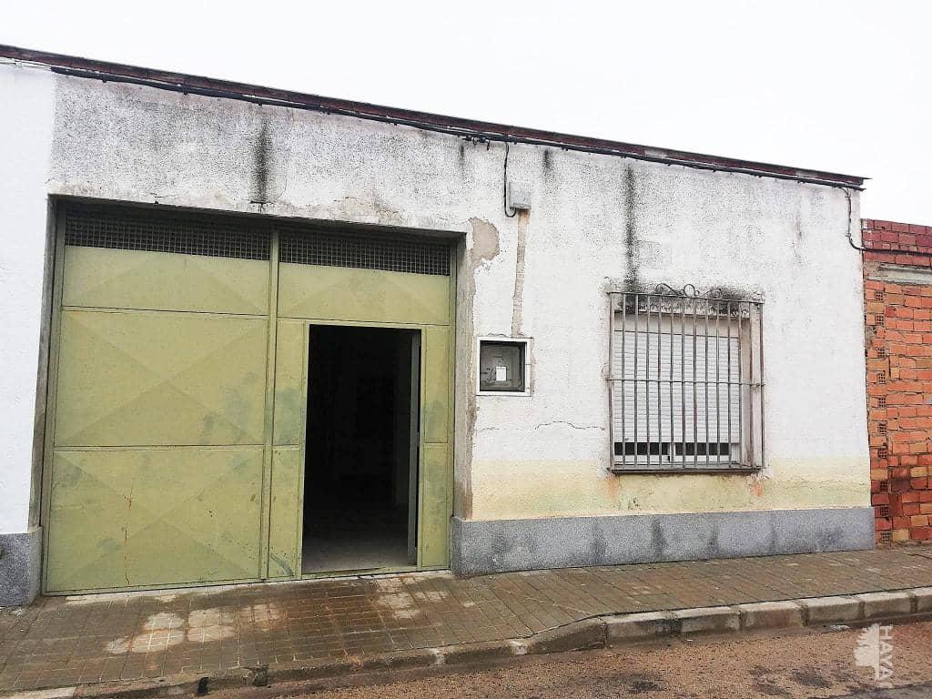 Casa en venta en Tomelloso, Ciudad Real, Calle Jose Alcazar, 51.000 €, 4 habitaciones, 1 baño, 153 m2
