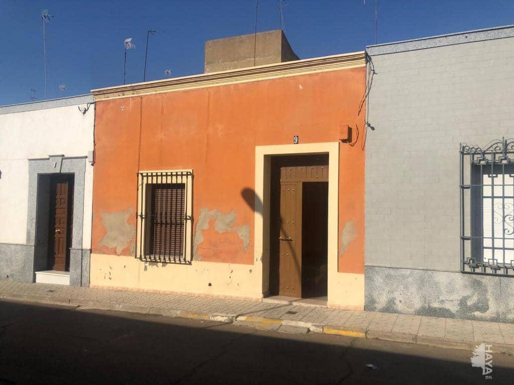 Casa en venta en Almendralejo, Badajoz, Calle Mercedes, 48.800 €, 2 habitaciones, 1 baño, 131 m2