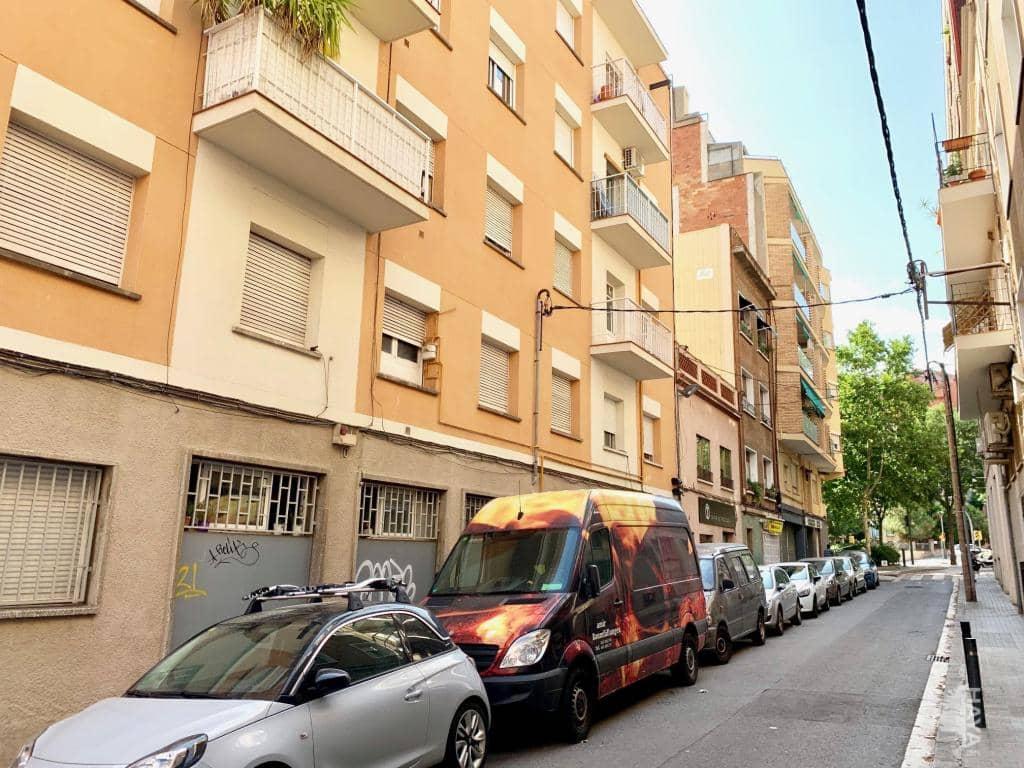 Piso en venta en Horta-guinardó, Barcelona, Barcelona, Calle Pintor Mir, 187.200 €, 3 habitaciones, 1 baño, 57 m2