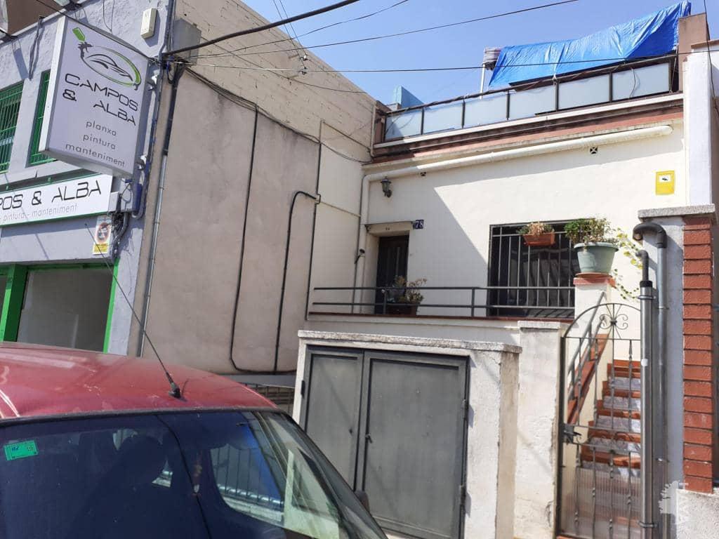 Piso en venta en Sant Pere, Terrassa, Barcelona, Calle Sant Mateu, 28.700 €, 1 habitación, 1 baño, 40 m2