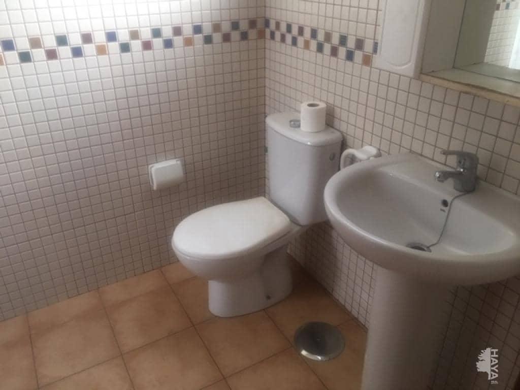 Piso en venta en Piso en Santa Lucía de Tirajana, Las Palmas, 118.100 €, 3 habitaciones, 2 baños, 113 m2