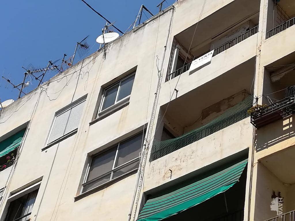 Piso en venta en Castellón de la Plana/castelló de la Plana, Castellón, Calle Salvador Guinot, 41.800 €, 3 habitaciones, 1 baño, 95 m2
