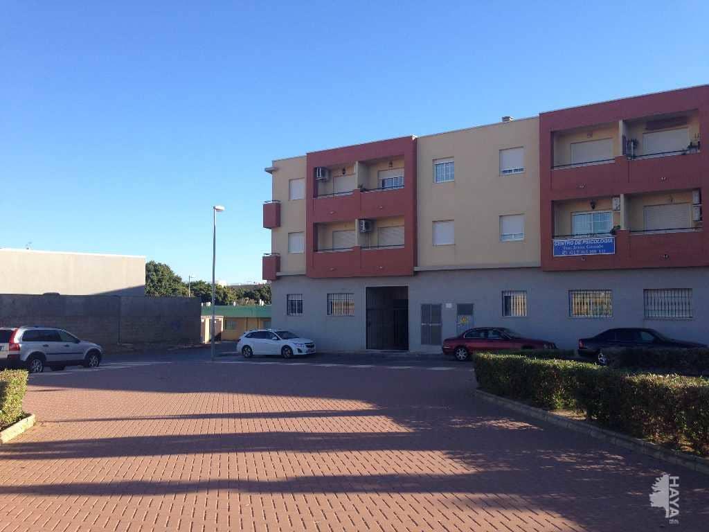 Piso en venta en Roquetas de Mar, Almería, Plaza los Comediantes, 72.700 €, 2 habitaciones, 2 baños, 122 m2