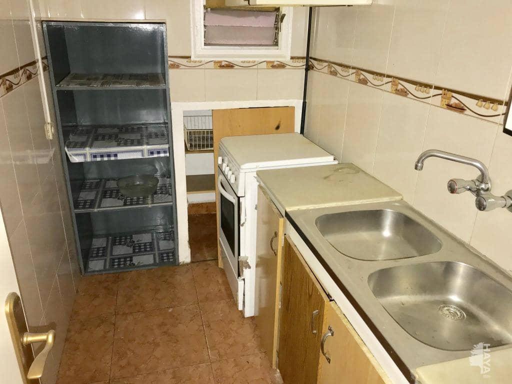 Piso en venta en Badalona, Barcelona, Calle Ura, 90.700 €, 3 habitaciones, 1 baño, 60 m2