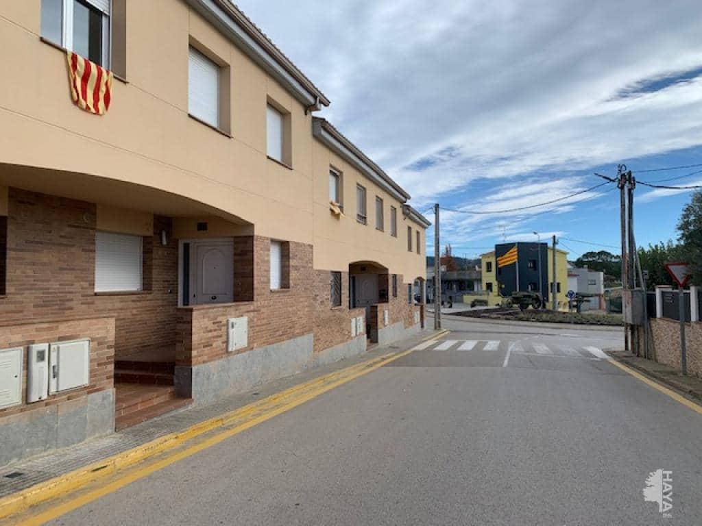Casa en venta en Can Vives de Baix, Vidreres, Girona, Calle Juli Garreta, 190.700 €, 4 habitaciones, 2 baños, 173 m2