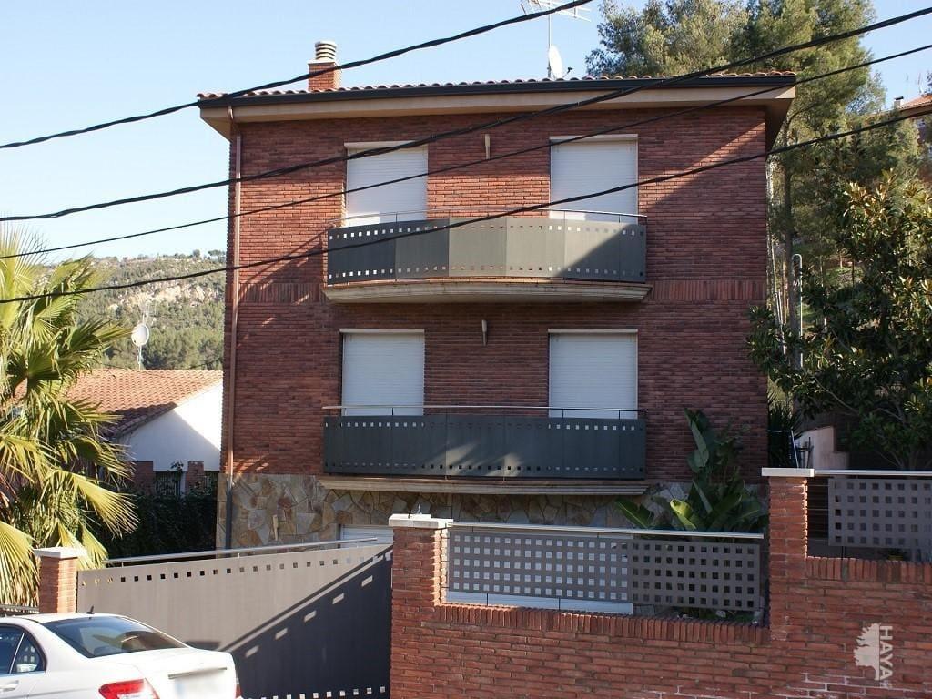 Casa en venta en Santa Rosa, Cervelló, Barcelona, Calle Lluís Millet, 306.000 €, 5 habitaciones, 3 baños, 323 m2