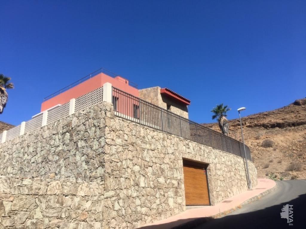 Casa en venta en Pueblo de Tauro, Mogán, Las Palmas, Calle Eslovaquia, 481.900 €, 3 habitaciones, 2 baños, 188 m2