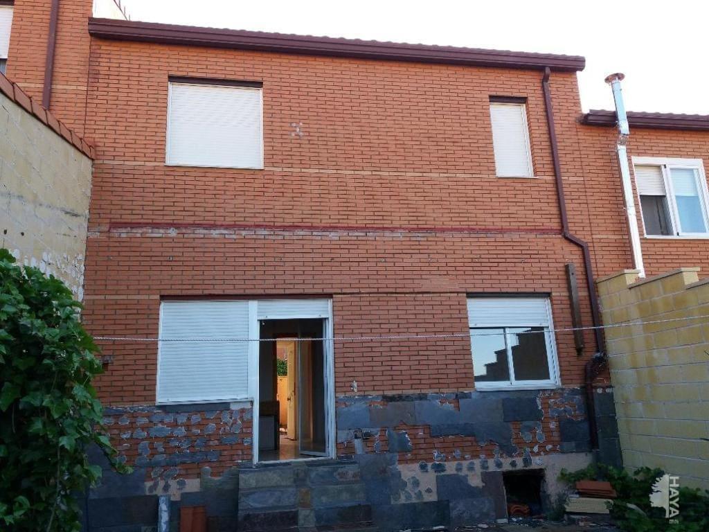 Casa en venta en Casasola, Chiloeches, Guadalajara, Calle Federico Garcia Lorca (de), 94.000 €, 3 habitaciones, 1 baño, 109 m2