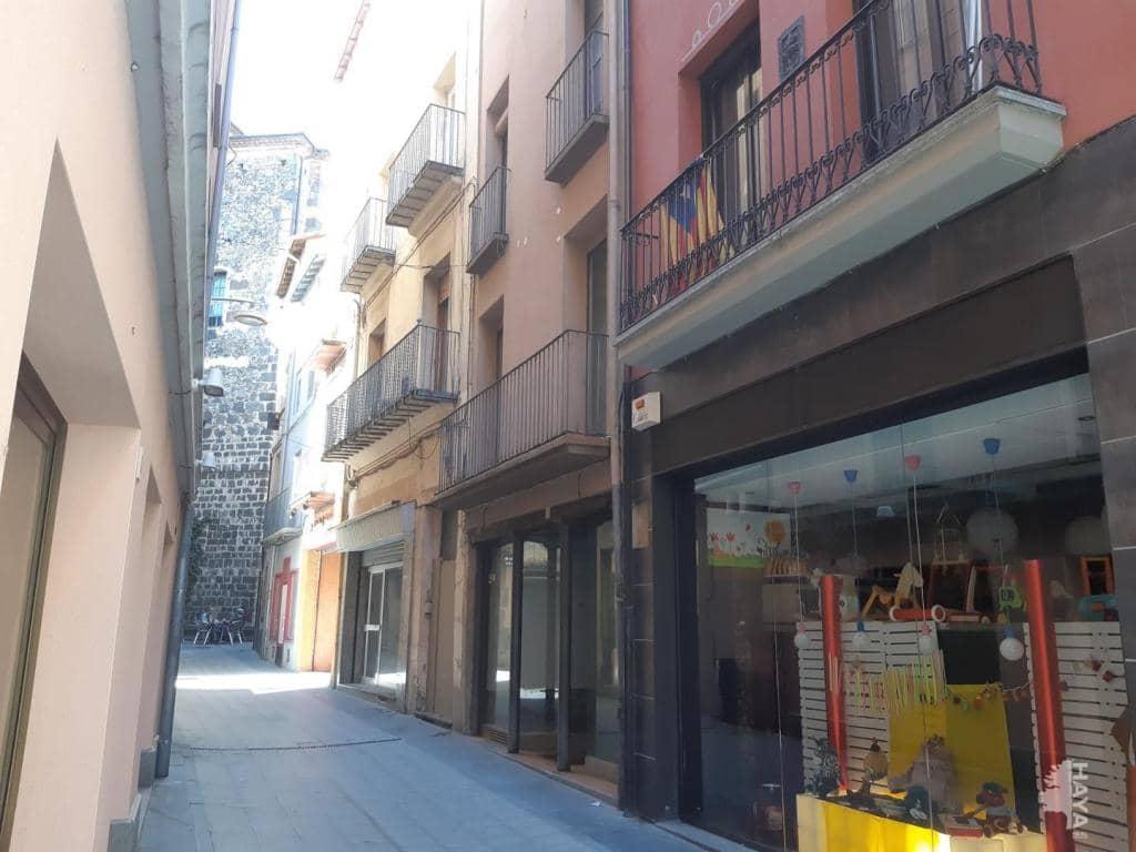 Casa en venta en Can Moca, Olot, Girona, Calle Sastres, 104.800 €, 4 habitaciones, 2 baños, 180 m2
