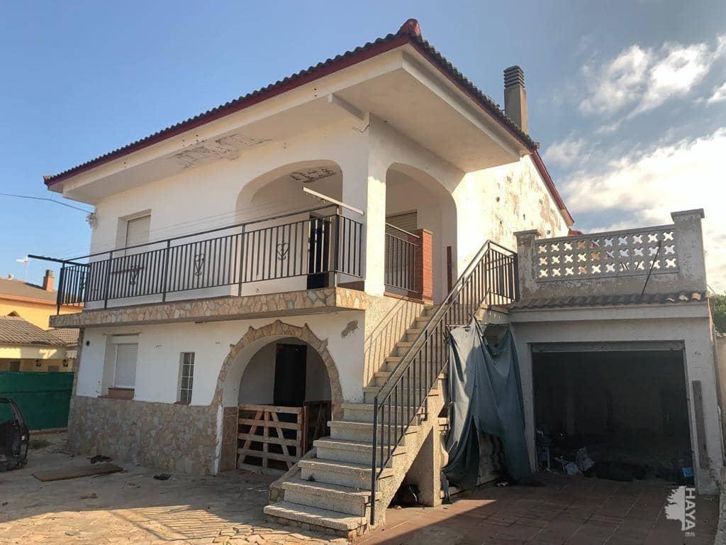 Casa en venta en Can Figueres Nou, Maçanet de la Selva, Girona, Calle Riu Segre, 170.600 €, 6 habitaciones, 2 baños, 75 m2