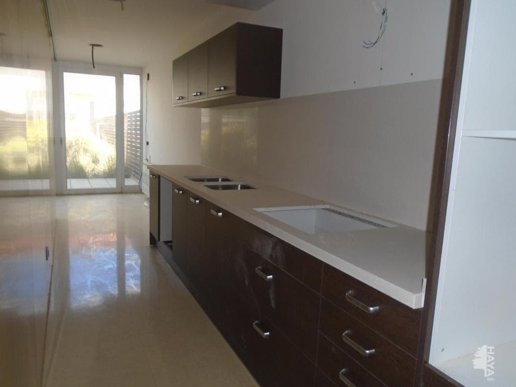 Casa en venta en La Florida, Móra D`ebre, Tarragona, Travesía Dalt (de), 335.000 €, 3 habitaciones, 2 baños, 254 m2
