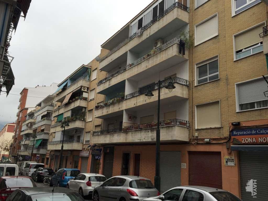Piso en venta en Zona Nord, Alcoy/alcoi, Alicante, Calle Terrassa, 34.000 €, 3 habitaciones, 2 baños, 94 m2