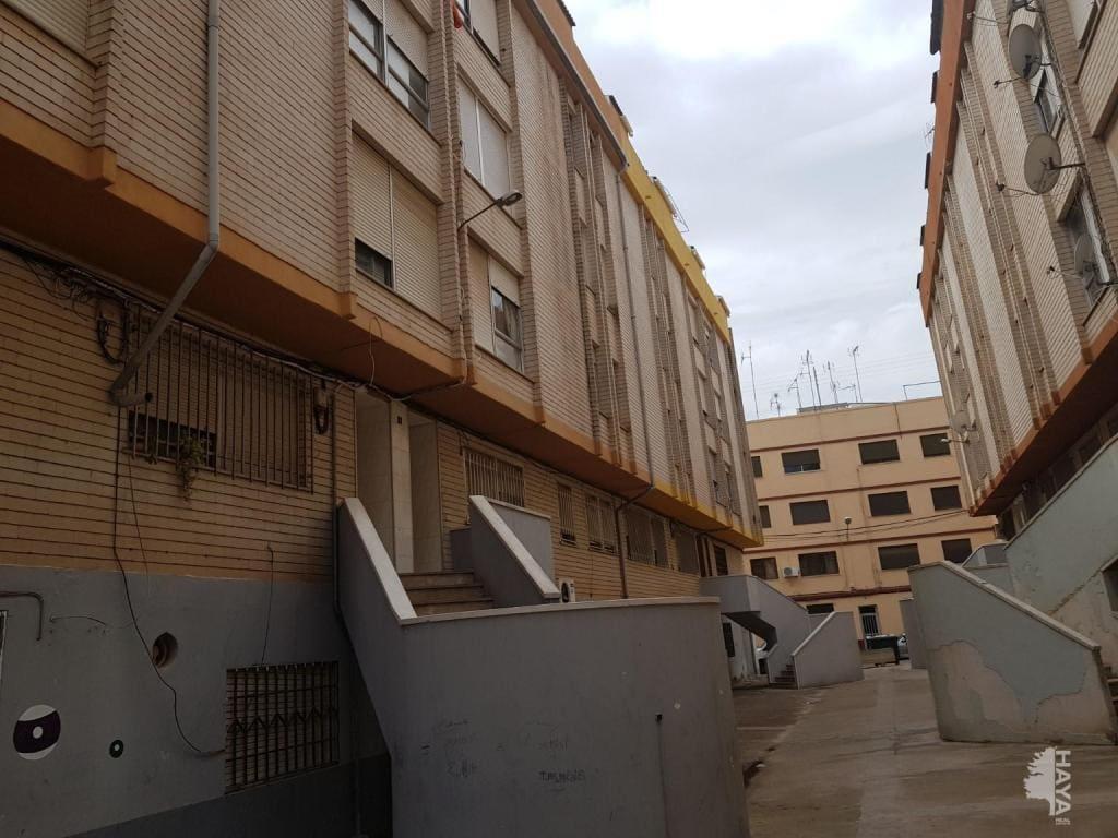 Piso en venta en Virgen de Gracia, Vila-real, Castellón, Pasaje Forcall, 40.600 €, 4 habitaciones, 1 baño, 97 m2