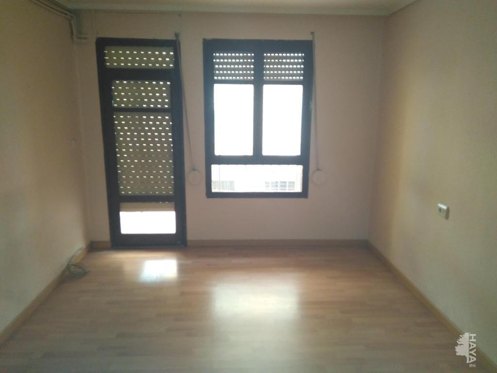 Piso en venta en Virgen de Gracia, Vila-real, Castellón, Calle Catalunya, 37.900 €, 3 habitaciones, 1 baño, 65 m2