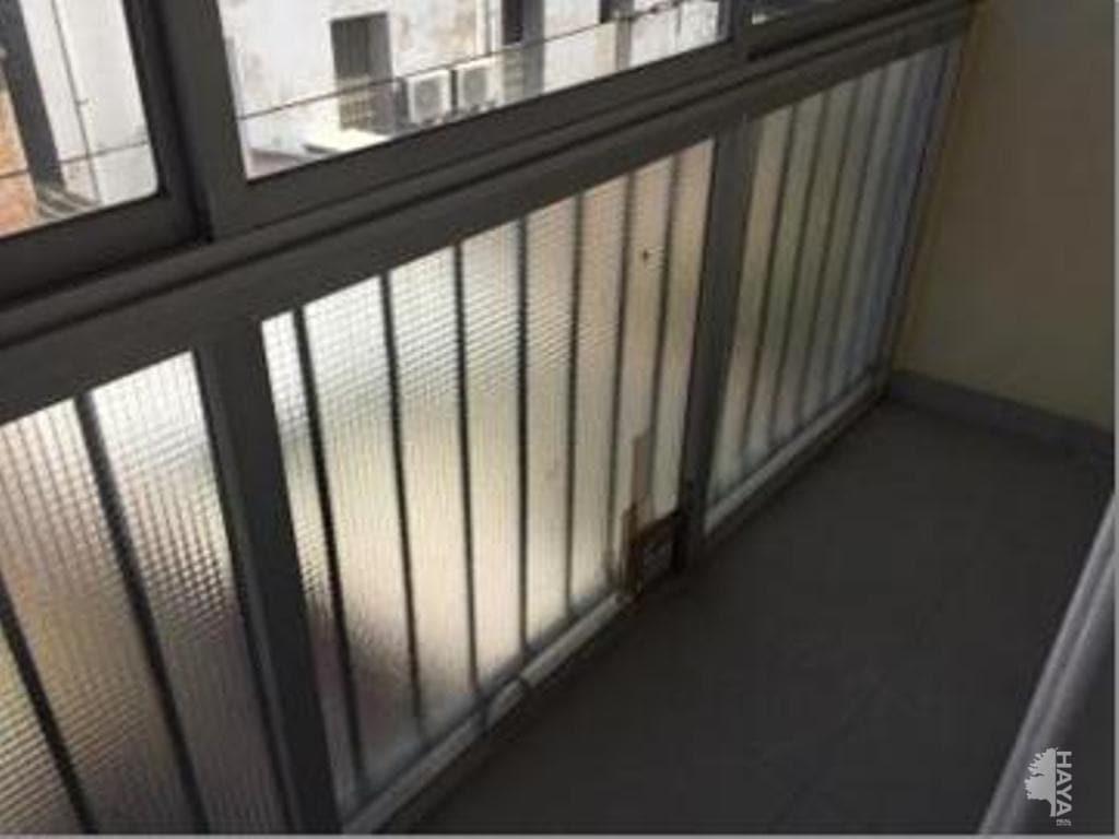 Piso en venta en Centre Històric de Manresa, Manresa, Barcelona, Calle Remei de Dalt, 46.800 €, 4 habitaciones, 2 baños, 140 m2