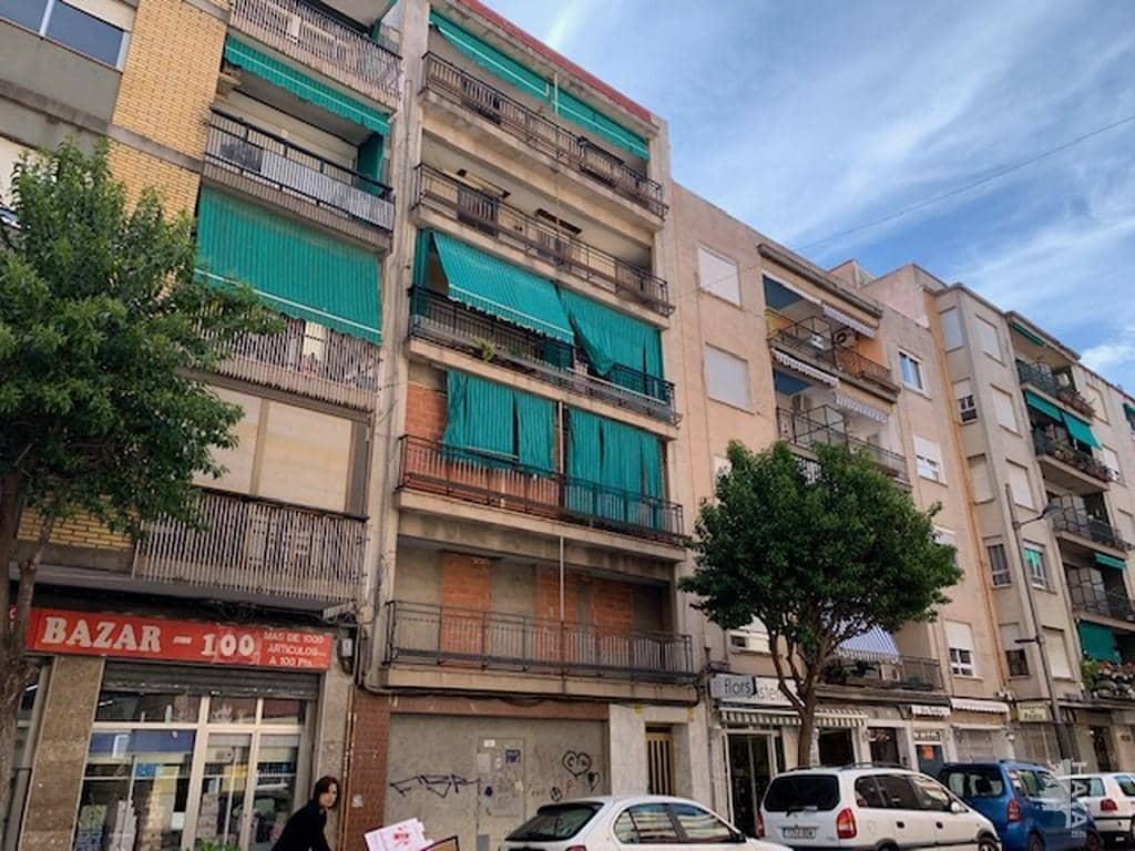 Piso en venta en Gandia, Valencia, Calle Abat Sola, 51.800 €, 3 habitaciones, 1 baño, 144 m2