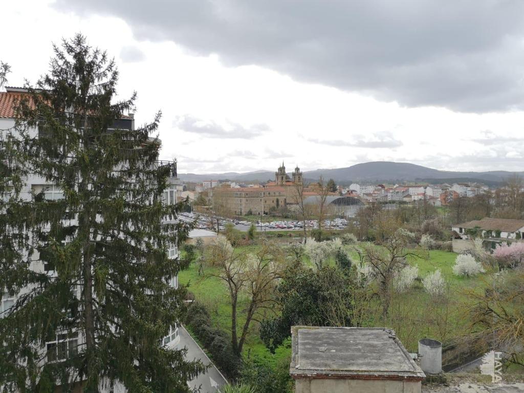 Piso en venta en Monforte de Lemos, Lugo, Calle Ourense, 67.100 €, 3 habitaciones, 2 baños, 123 m2