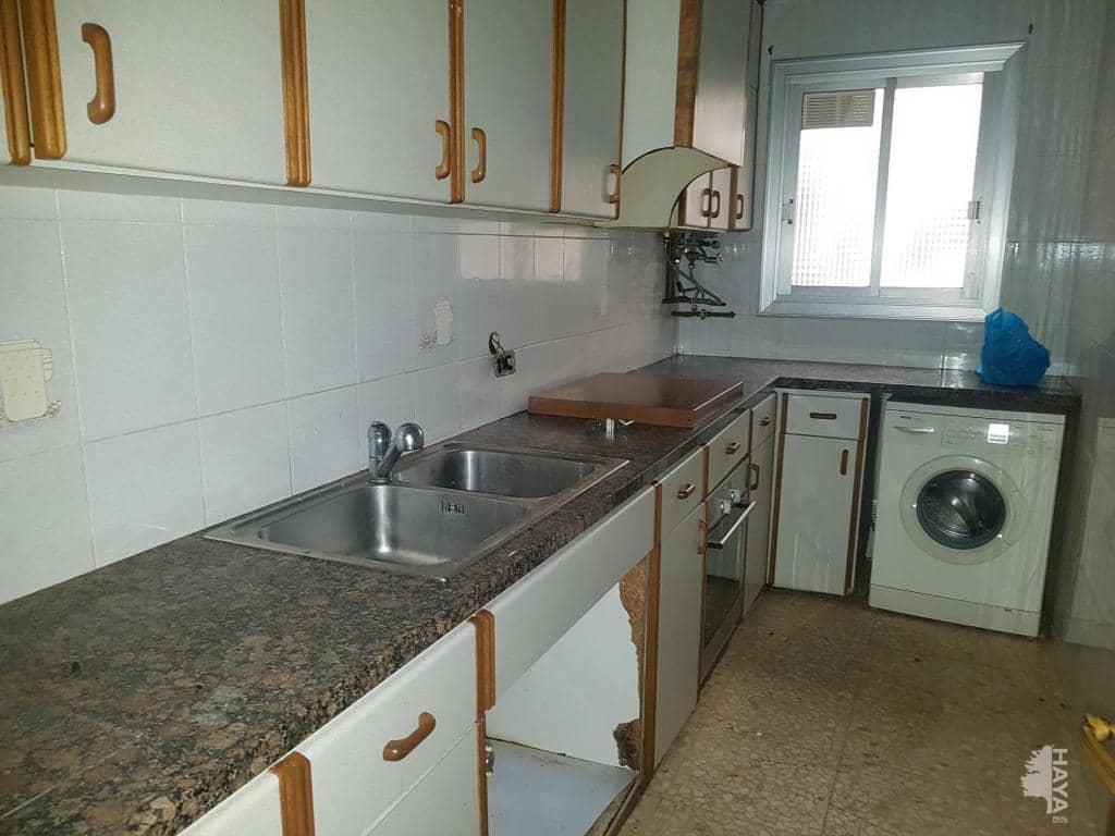 Piso en venta en Sabadell, Barcelona, Calle Aribau, 67.500 €, 4 habitaciones, 1 baño, 60 m2
